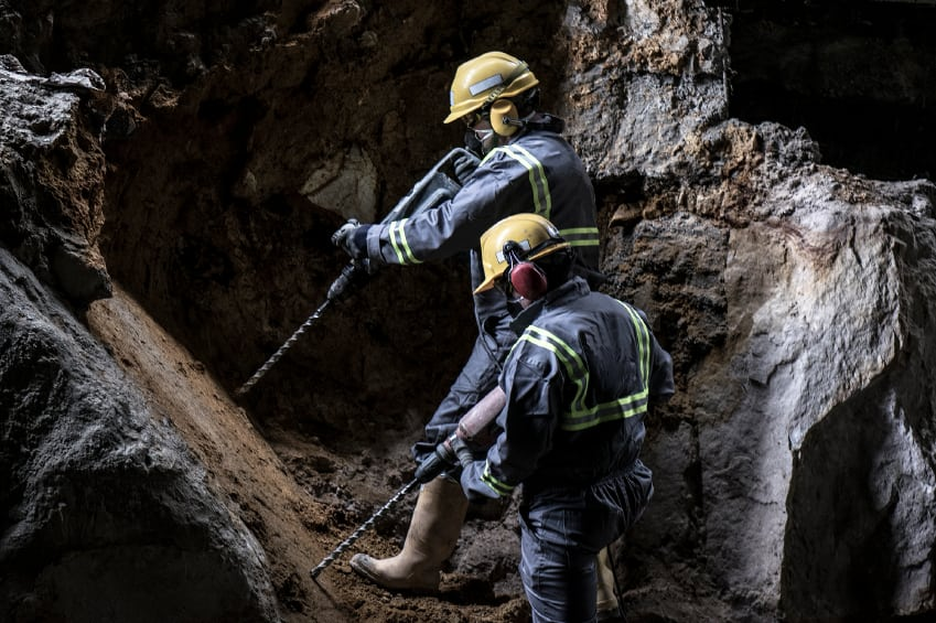 Use the Right Instruments to Measure Deformation Monitoring Inside a Mine
